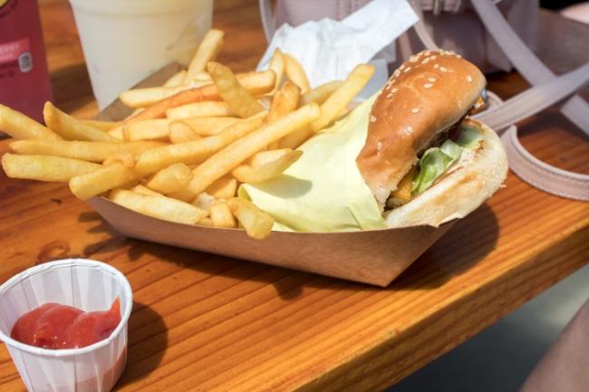 neptune's inn burger